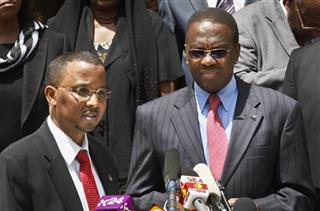 Isaak Hassan, Willy Mutunga