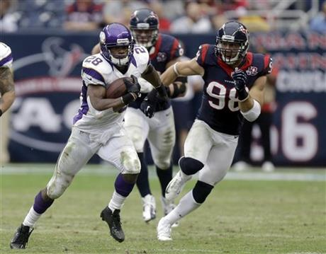 Adrian Peterson, Connor Barwin