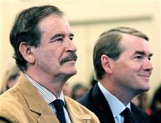 Vicente Fox, Michael Bennet