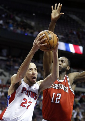 Tayshaun Prince, Luc Mbah a Moute