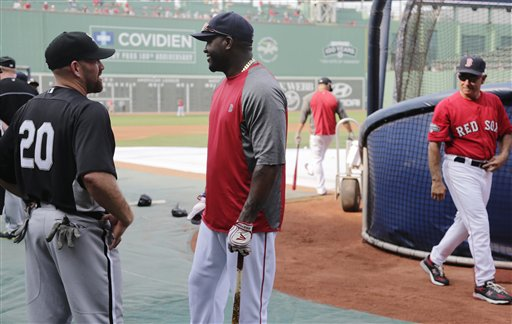 Kevin Youkilis, David Ortiz, Bobby Valentine
