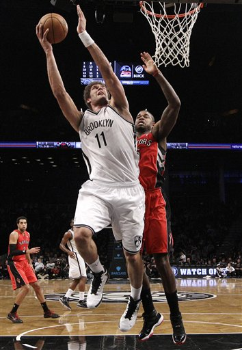 Brook Lopez, Amir Johnson