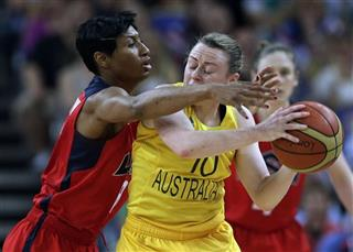 Angel McCoughtry, Kristi Harrower