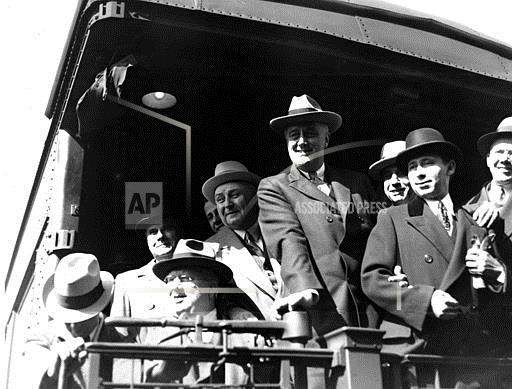 Watchf Associated Press Domestic News Election campaigns Illinois United States APHS69233 FDR Tosses Hat Into Ring 1932