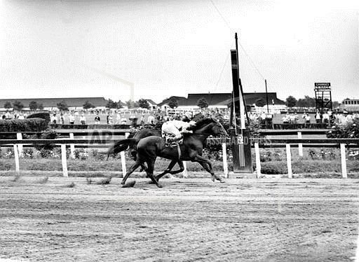 Associated Press Sports Maryland United States Racing (animals) SEABISCUIT WAR ADMIRAL PIMLICO