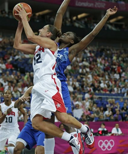 Diana Taurasi, Jennifer Digbeu