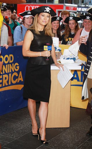 PGroup RW/MediaPunch/IPx A ENT New York USA IPX Ginger Zee On Good Morning America