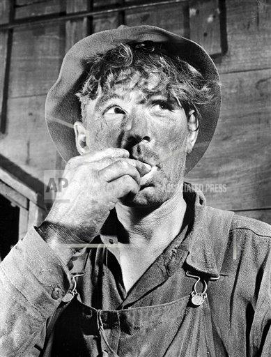 Watchf AP A  ND USA APHS455258 Wheat Harvest 1938