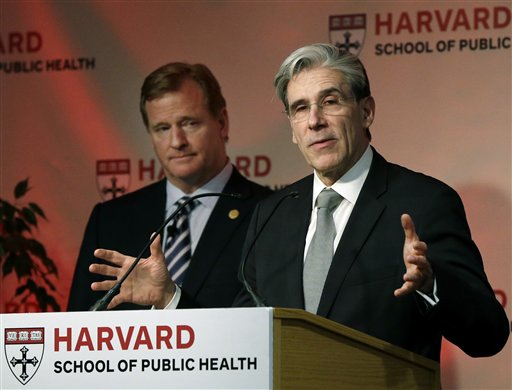 Julio Frenk, Roger Goodell