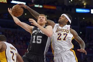 Matt Bonner, Jordan Hill