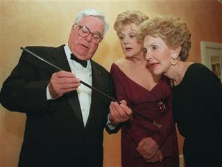 William Windom, Angela Lansbury, Nancy Reagan