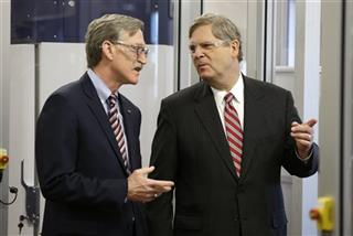 Tom Vilsack, Jim Borel