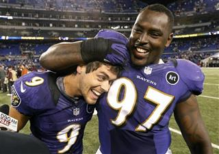 Justin Tucker, Arthur Jones