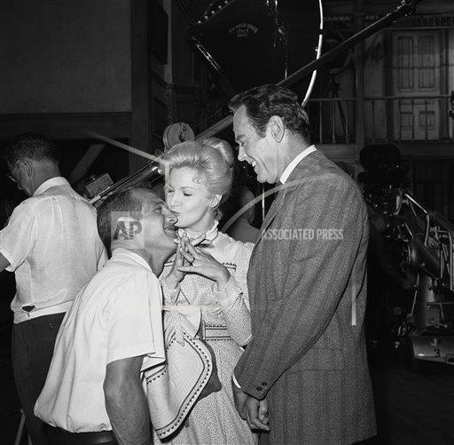 Watchf Associated Press Domestic News Entertainment California United States APHS141748 Joanne Woodward Paul Newman And Henry Fonda 1965