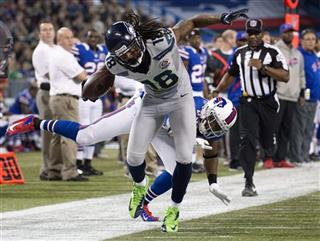 Aaron Williams;  Sidney Rice