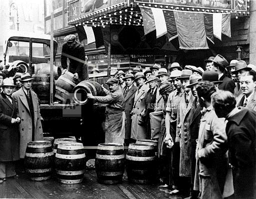 Associated Press Domestic News New York United States NYC BEER PROHIBITION ENDS