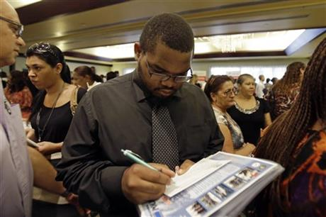 US unemployment benefit applications rise to 309K