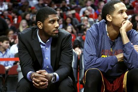 Shaun Livingston, Kyrie Irving