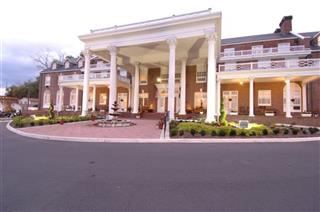 Travel-Trip-Historic Inns