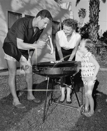 Watchf AP S BBN ARIZONA USA APHS163155 Wayne Terwilliger and Family 1956