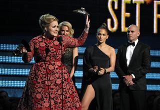 Adele, Jennifer Lopez, Pitbull