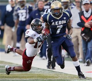 Massachusetts Akron Football