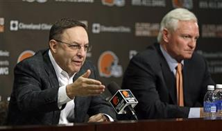 Jimmy Haslam, Joe Banner