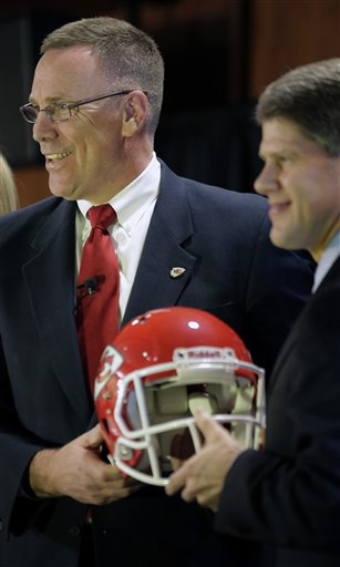 John Dorsey, Clark Hunt