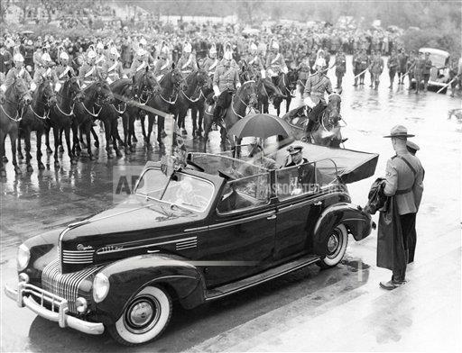 Watchf AP I FILE  CAN APHS384841 King George VI in Canada 1939