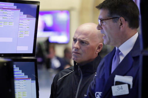 Energy and technology stocks jump, sending US indexes h ...
