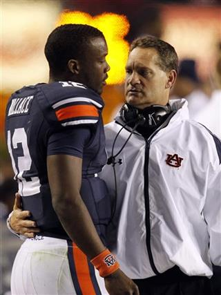 Gene Chizik, Jonathan Wallace