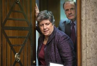 Janet Napolitano, Tom Carper