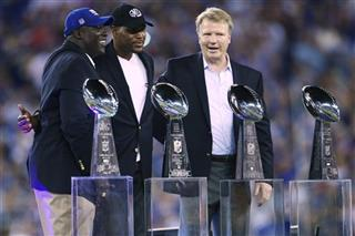 Phil Simms , Michael Strahan, Otis Anderson