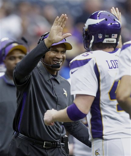 Leslie Frazier, Cullen Loeffler