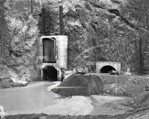 Watchf AP A  NV USA APHS316278 Hoover Dam Construction 1935