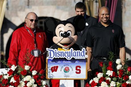 Barry Alvarez, David Shaw