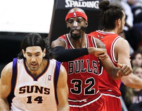 Richard Hamilton, Luis Scola