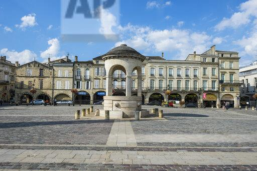 France, Libourne, main square, the Place Abel Surchamp