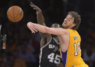 Pau Gasol,  DeJuan Blair