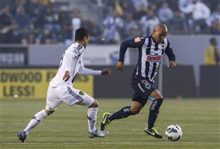 Humberto Suazo, Marcelo Sarvas