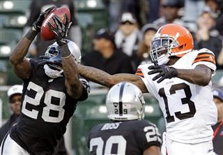 Phillip Adams, Josh Gordon
