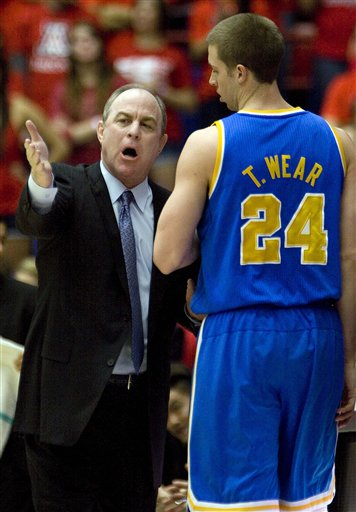 Ben Howland, Travis Wear