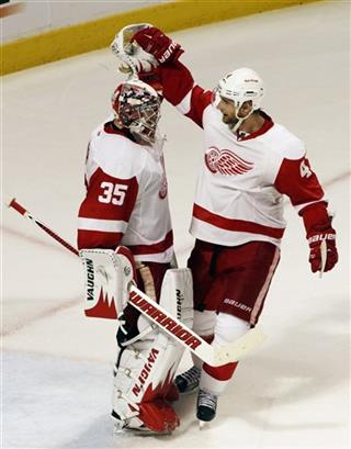 Jimmy Howard, Jakub Kindl