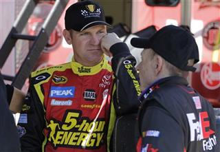 Clint Bowyer, Mark Martin