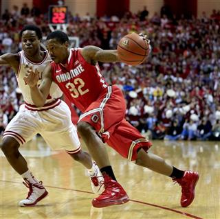 Yogi Ferrell, Lenzelle Smith, Jr.