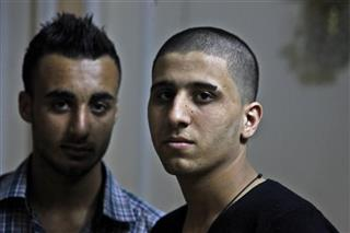 Mideast Palestinians Shaving Heads