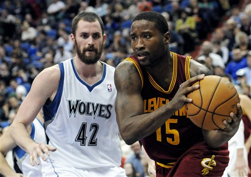Donald Sloan, Kevin Love