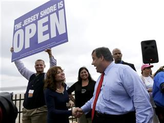 Chris Christie, Carla Pilla, Robert Hilton