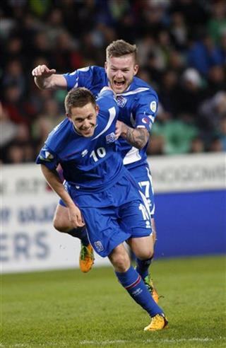 Gylfi Thor Sigurosson, Aron Einar Gunnarsson
