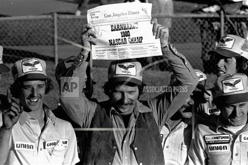 Associated Press Sports California United States Racing (car, speedboat or motorcycle) LOS ANGELES TIMES 500 EARNHARDT